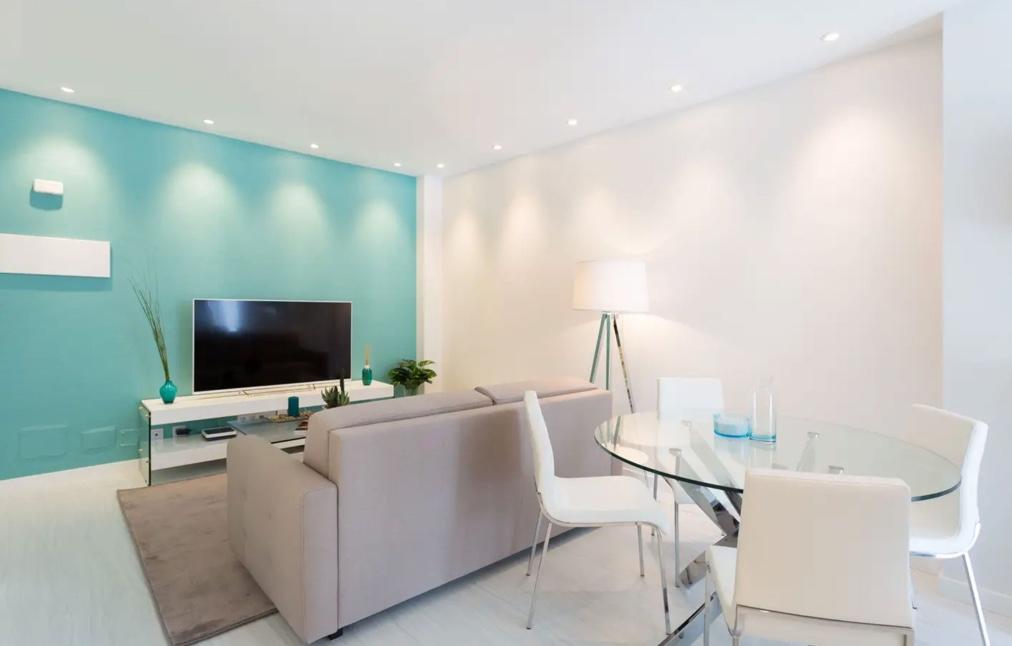 Nace el proyecto «Quinta Estrella» y compra el primer apartamento para alquilar como casa de vacaciones